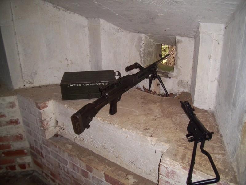 Bren LMG and Sten Gun