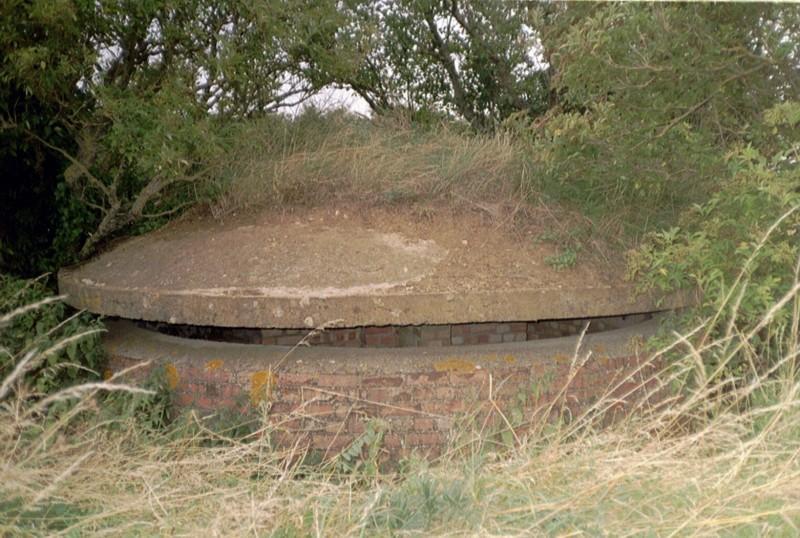 F.C. Mushroom Pillbox, RAF Hinton-In-The-Hedges