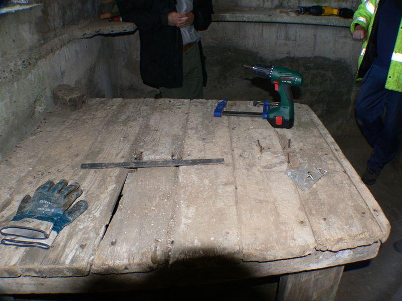 Machine Gun Table under repair / conservation. The Bosh repair the table!