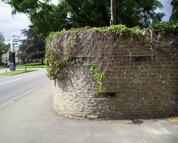 Loopholed Wall on approaching Elstead Green from East.