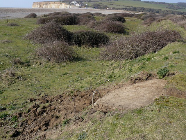 Looking west showing the pillbox postion in the bank. Picture by Alistair G Kerr.