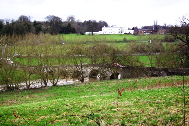 A view of Teston Bridge and the River Medway looking North East.