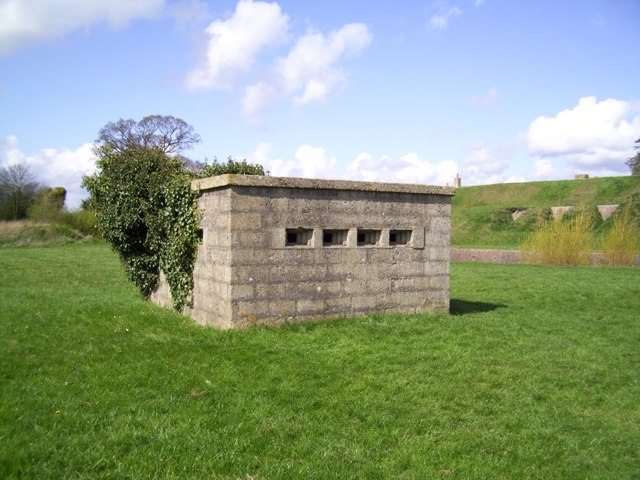 Gosport Rectangular Pillbox